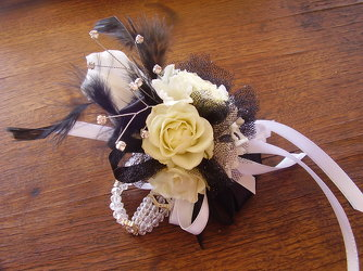 Classic Black & White from Twigs Flowers and Gifs in Yerington, NV